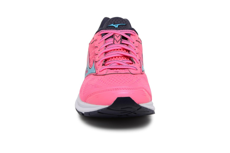 Chaussures de sport Mizuno Wave Rider 21 (W) Rose vue portées chaussures