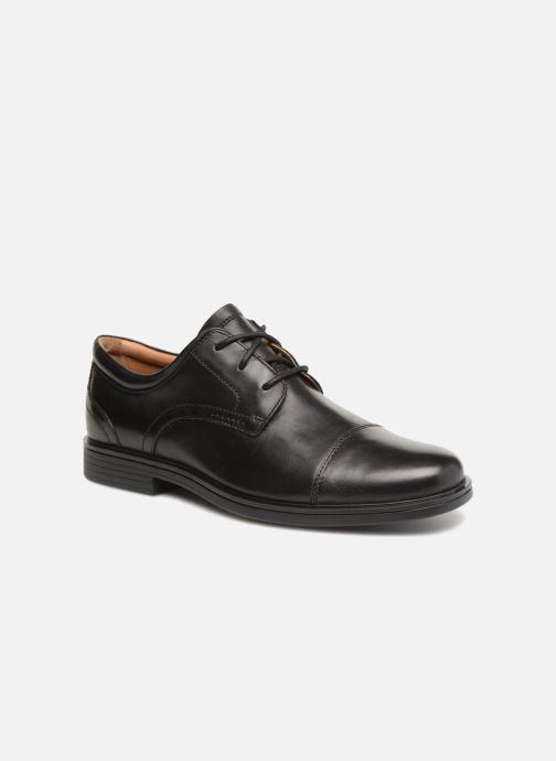 Zapatos con cordones Clarks Unstructured Un Aldric Cap Negro vista de detalle / par