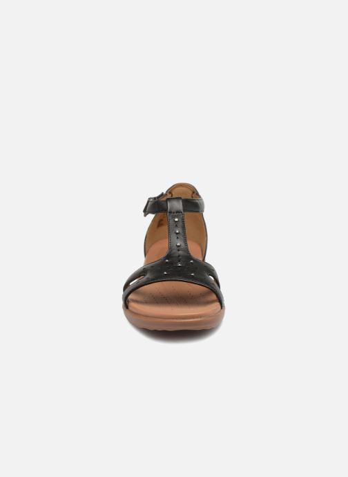 Sandales et nu-pieds Clarks Unstructured Un Reisel Mara Noir vue portées chaussures
