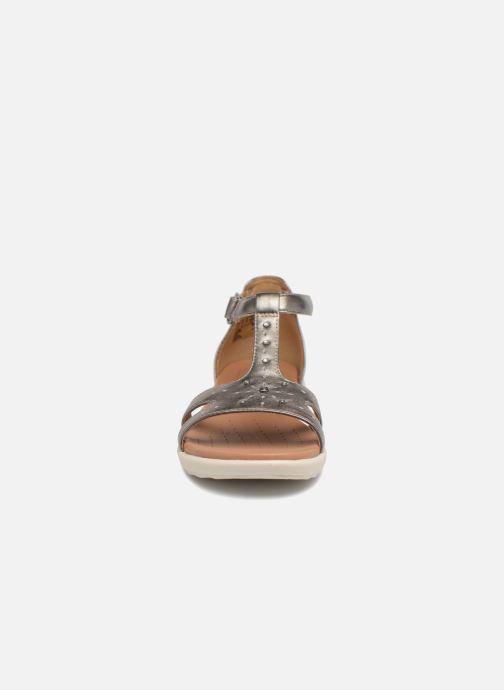 Sandales et nu-pieds Clarks Unstructured Un Reisel Mara Argent vue portées chaussures