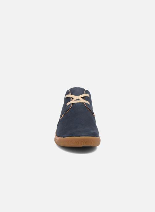 Baskets Clarks Unstructured Un Haven Lace Bleu vue portées chaussures