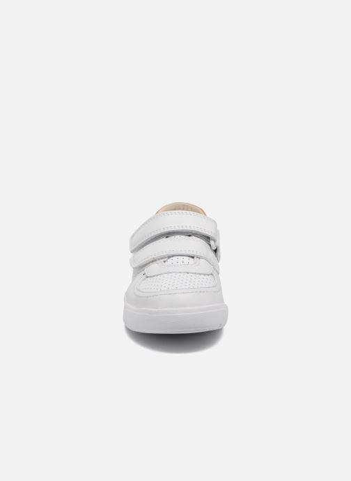 Baskets Clarks Mini Ezra Blanc vue portées chaussures