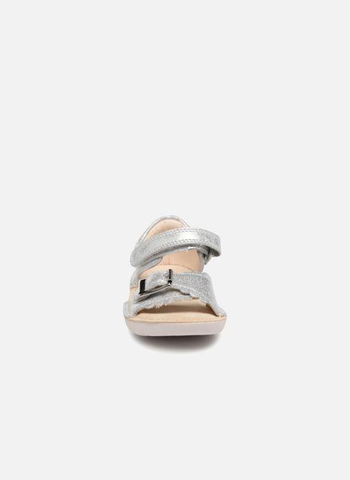 a4f5eac3951 Clarks Ivy Flora (Silver) - Sandals chez Sarenza (319546)