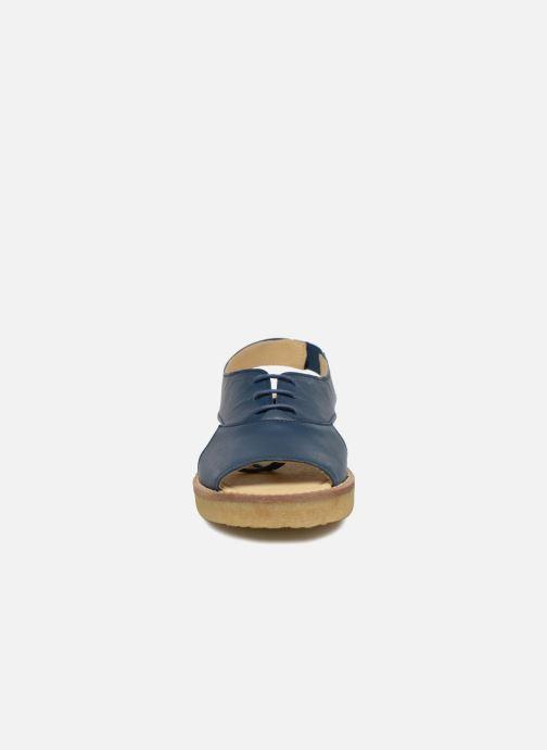 Sandales et nu-pieds Tinycottons Crepe lace sandals Bleu vue portées chaussures