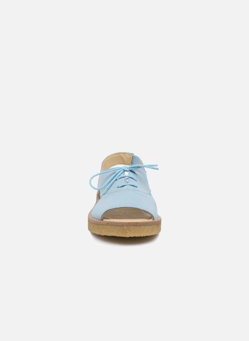 Sandali e scarpe aperte Tinycottons Crepe lace sandals Azzurro modello indossato