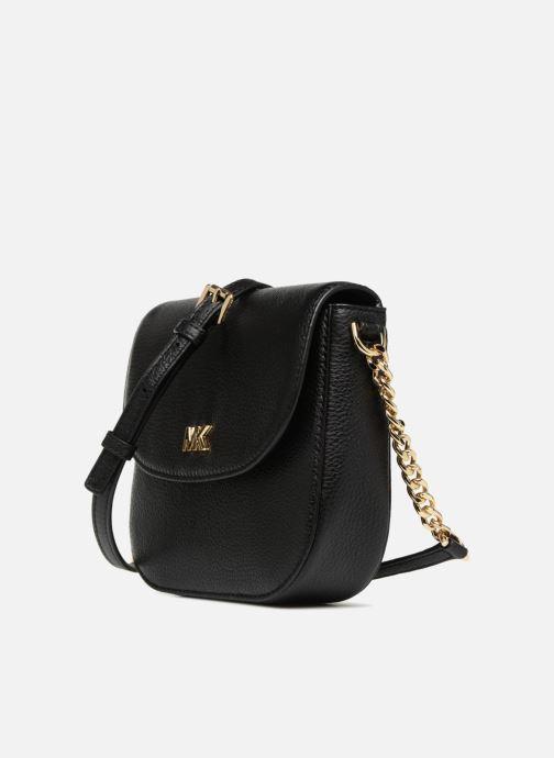 Bolsos de mano Michael Michael Kors HALF  DOME Negro vista del modelo