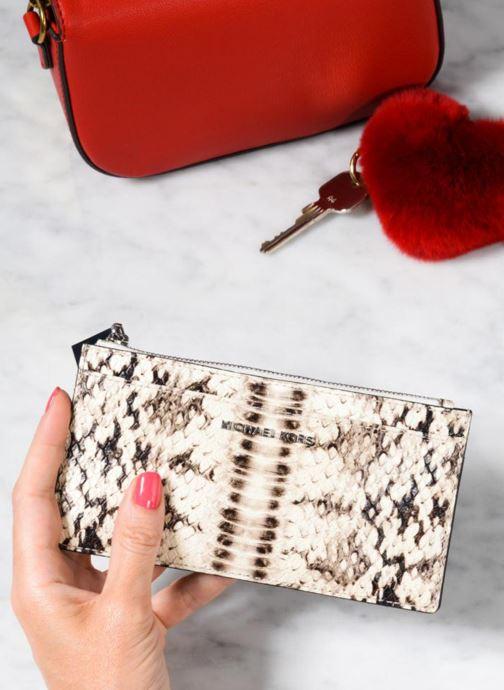 Kleine lederwaren Michael Michael Kors LG Slim Cardcase Beige boven