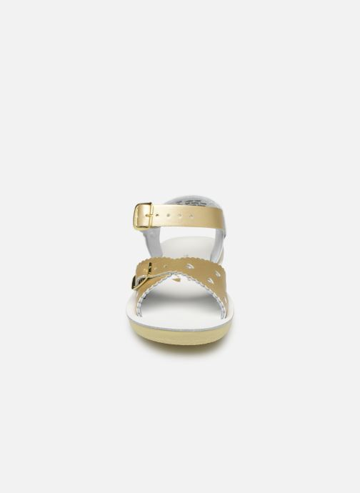 Sandalias Salt-Water Sweetheart Premium Oro y bronce vista del modelo