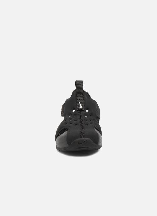 Sandali e scarpe aperte Nike Nike Sunray Protect 2 (Td) Nero modello indossato