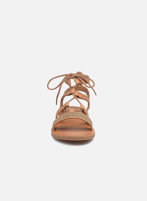 Sandales et nu-pieds Pom d Api Plagette Diana Marron vue portées chaussures