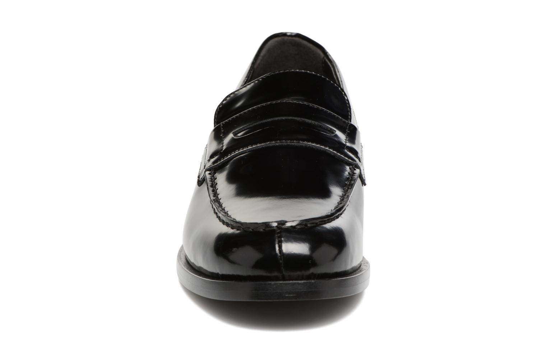 Mocassins G.H. Bass WEEJUN CHIC Simone Studs/000 Noir vue portées chaussures