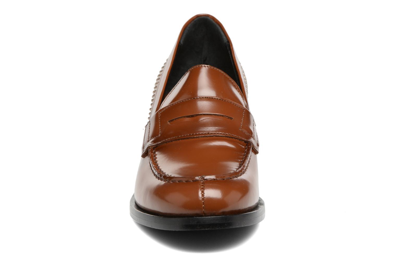 Mocassins G.H. Bass WEEJUN CHIC Simone Heel Studs/0CG Marron vue portées chaussures