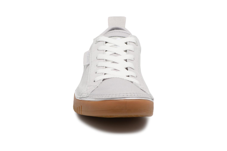 Baskets Columbia Bridgeport Lace Gris vue portées chaussures