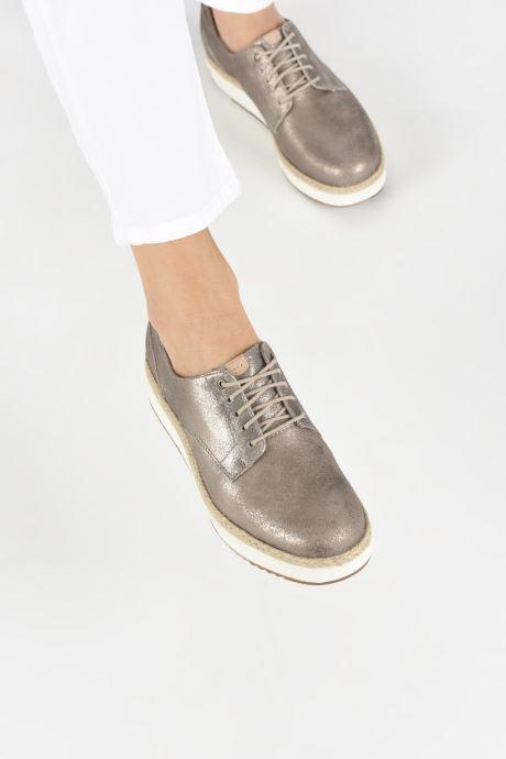 Chaussures à lacets Clarks Teadale Rhea Argent vue bas / vue portée sac