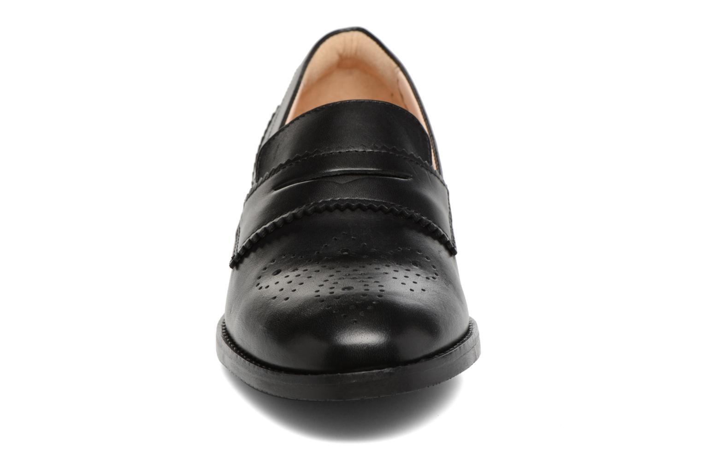 Mocassins Clarks Netley Lola Noir vue portées chaussures