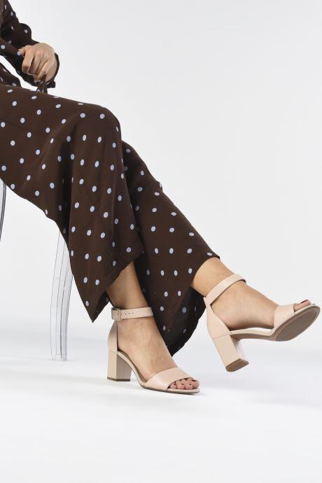 Zapatos de tacón Clarks DEVA MAE Beige vista de abajo