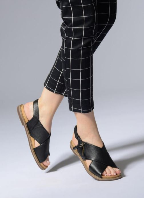 4b61454f85a Sandals Clarks Corsio Calm Black view from underneath   model view