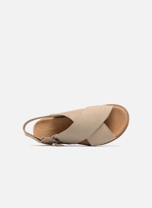 8c6bd1bf0d6 Clarks Corsio Calm (Beige) - Sandals chez Sarenza (319996)