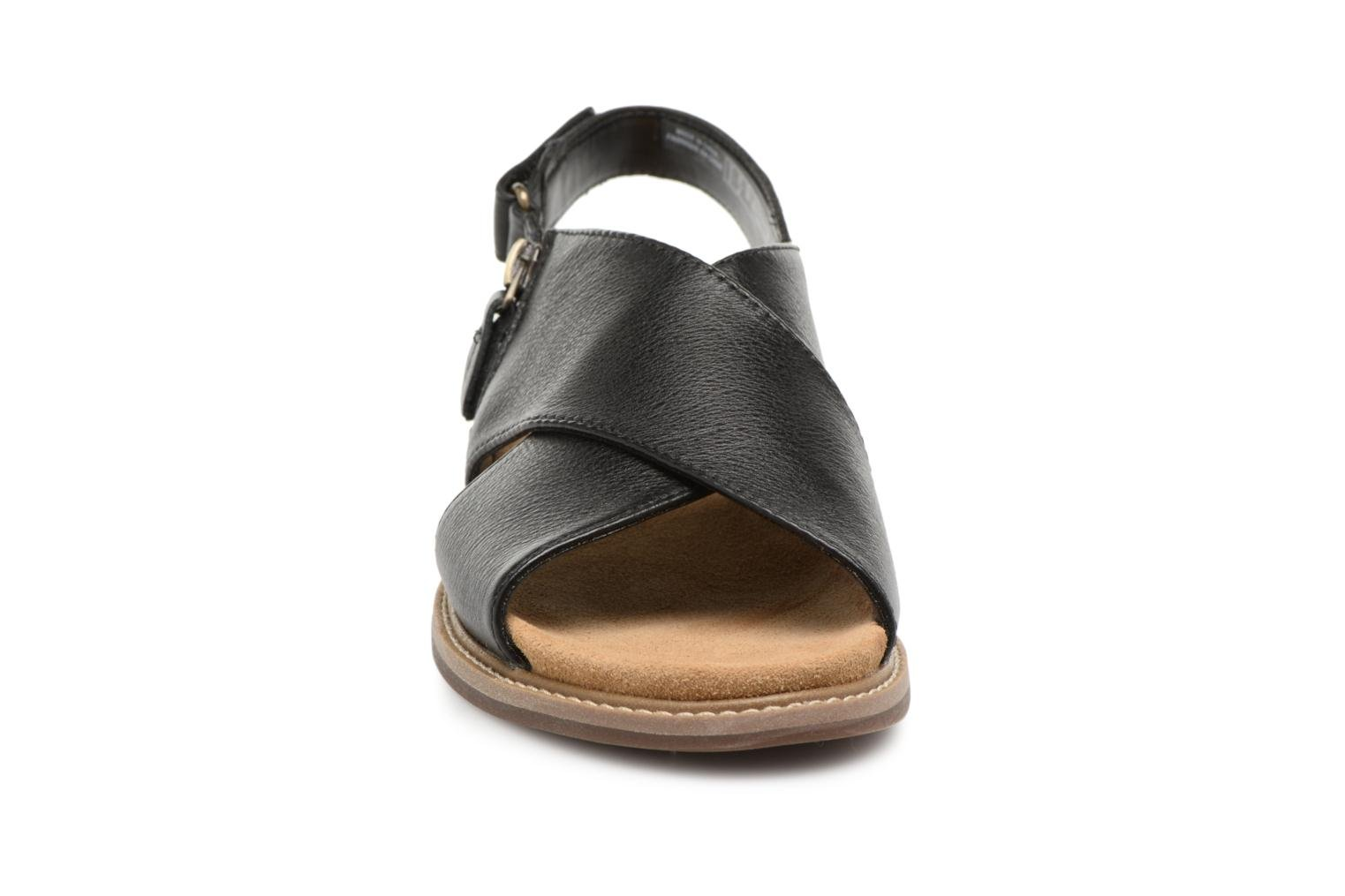 Sandals Clarks Corsio Calm Black model view
