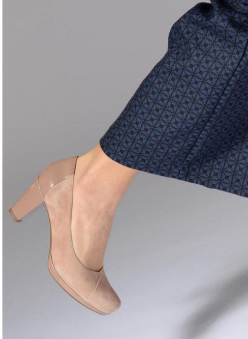 Zapatos de tacón Clarks Chorus Carol Rosa vista de abajo