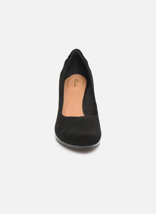 High heels Clarks Chorus Carol Black model view