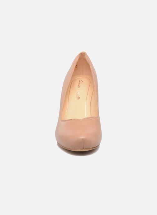 Pumps Clarks Dalia Rose Beige bild av skorna på