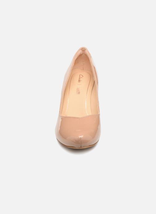 Høje hæle Clarks Dalia Rose Beige se skoene på