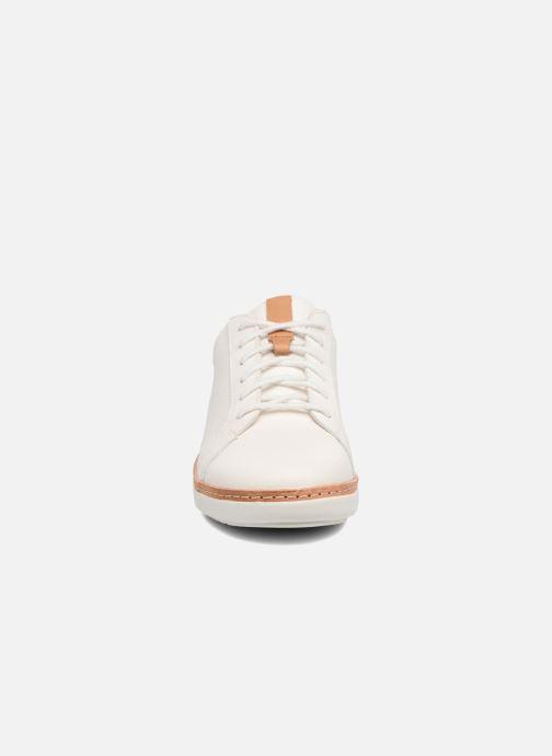 Chaussures à lacets Clarks Amberlee Rosa Blanc vue portées chaussures