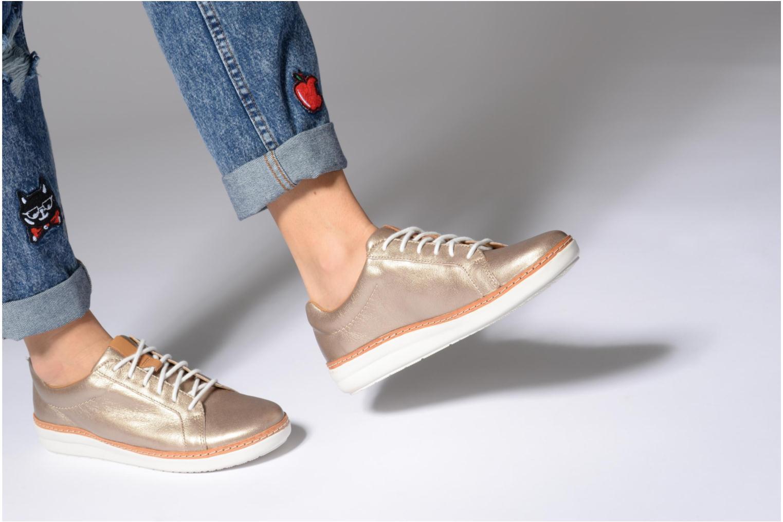 Chaussures à lacets Clarks Amberlee Rosa Bleu vue bas / vue portée sac