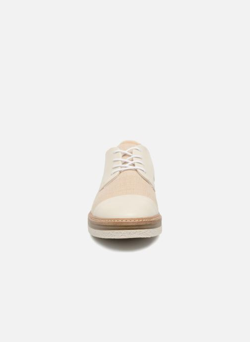 Chaussures à lacets Clarks Zante Sienna Blanc vue portées chaussures