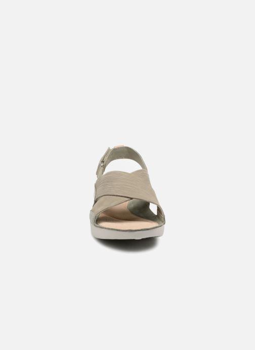 Sandales et nu-pieds Clarks Tri Chloe Vert vue portées chaussures