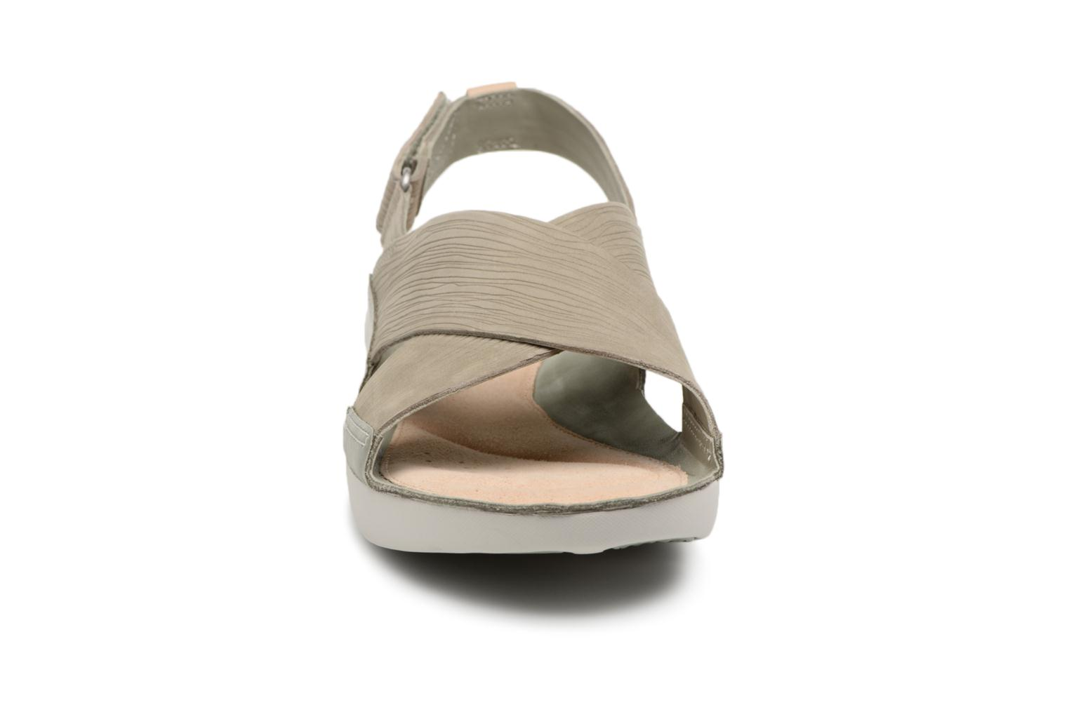Sandals Clarks Tri Chloe Green model view