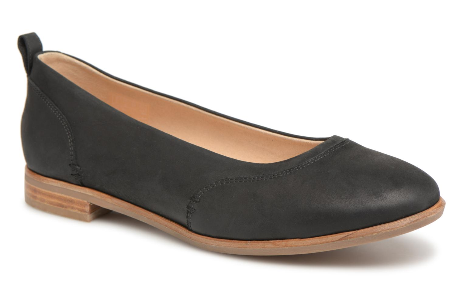 Ballet pumps Clarks Alice Ivy Black detailed view/ Pair view