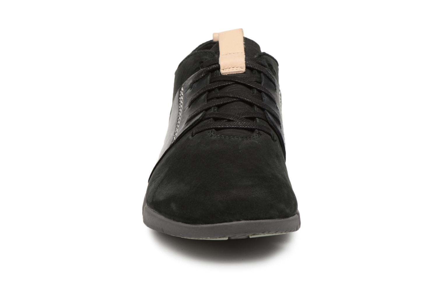 Trainers Clarks Tri Caitlin Black model view