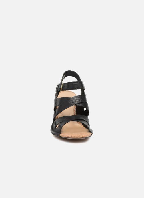 Sandales et nu-pieds Clarks Spiced Ava Noir vue portées chaussures