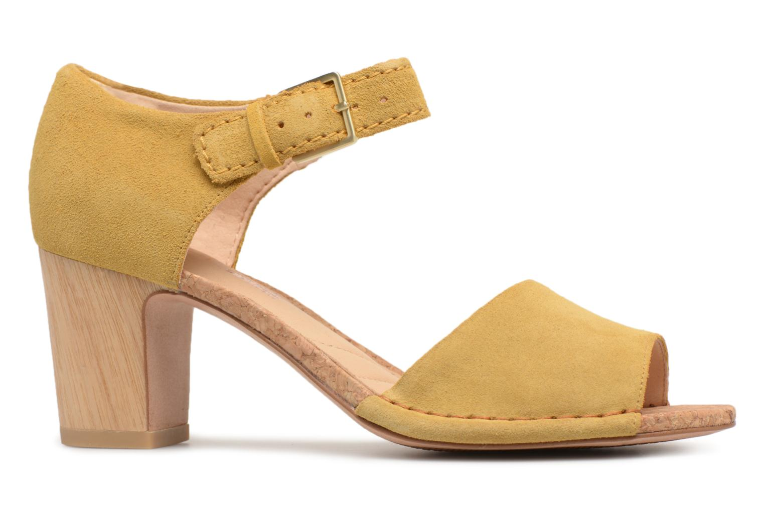 Sandals Clarks Spiced Olivia Yellow back view