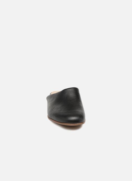 Mules et sabots Clarks Pure Blush Noir vue portées chaussures