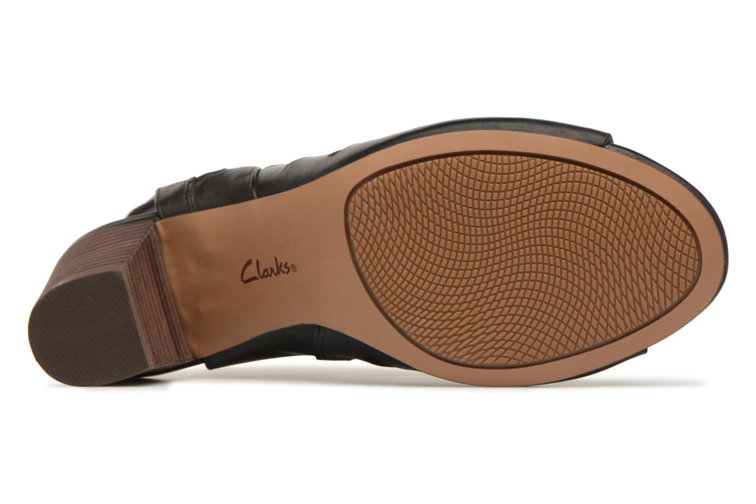 Sandals Clarks Deloria Ivy Black view from above