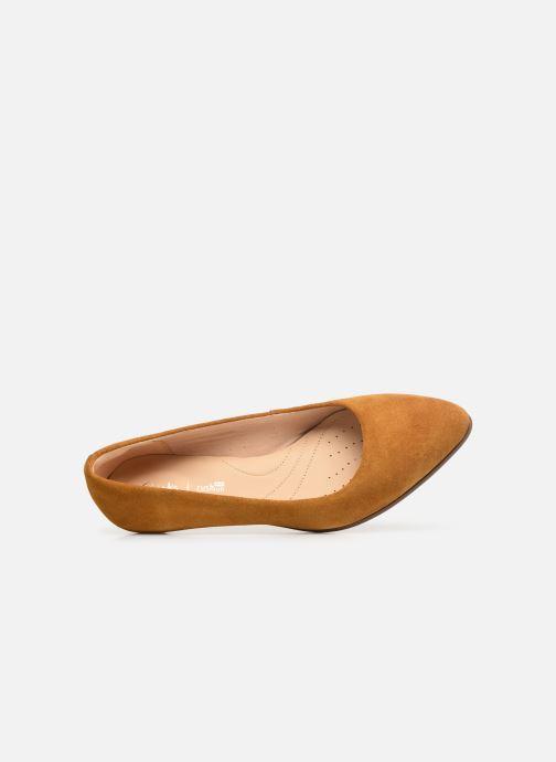 Zapatos de tacón Clarks Mena Bloom Amarillo vista lateral izquierda