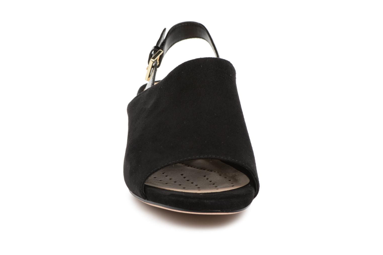 Sandales et nu-pieds Clarks Orabella Ivy Noir vue portées chaussures