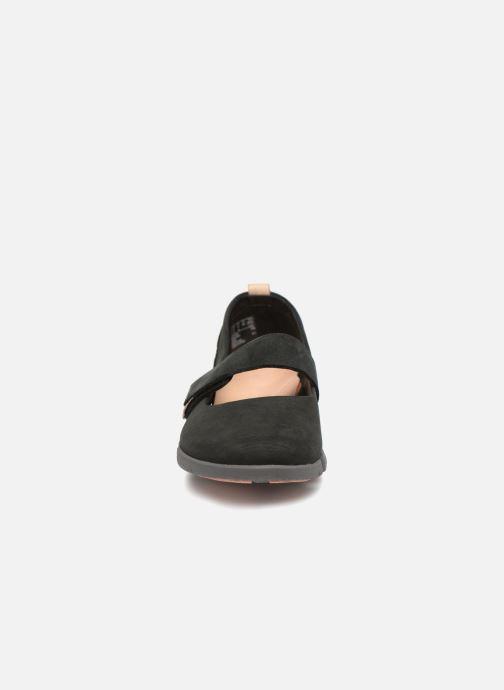 Ballerines Clarks Tri Carrie Noir vue portées chaussures