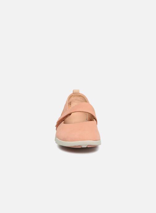 Ballerines Clarks Tri Carrie Rose vue portées chaussures