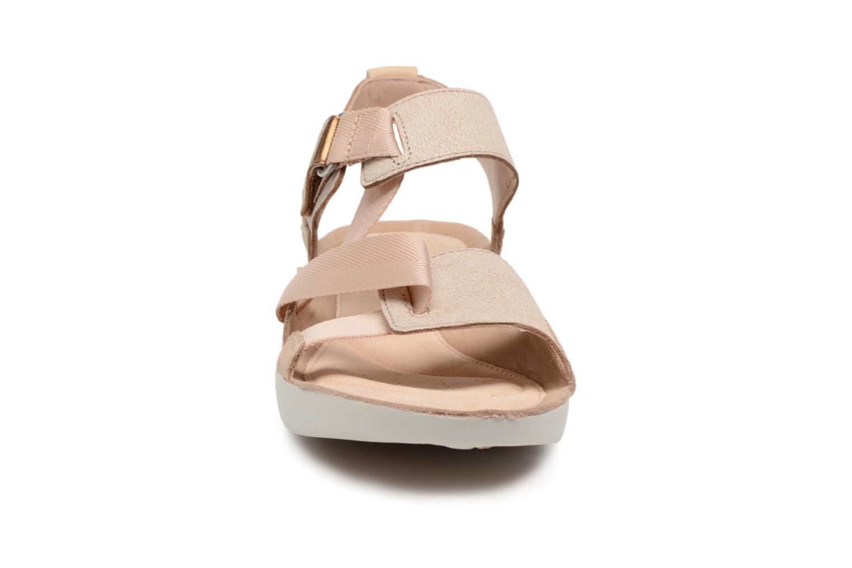 Sandaler Clarks Tri Clover Rosa bild av skorna på