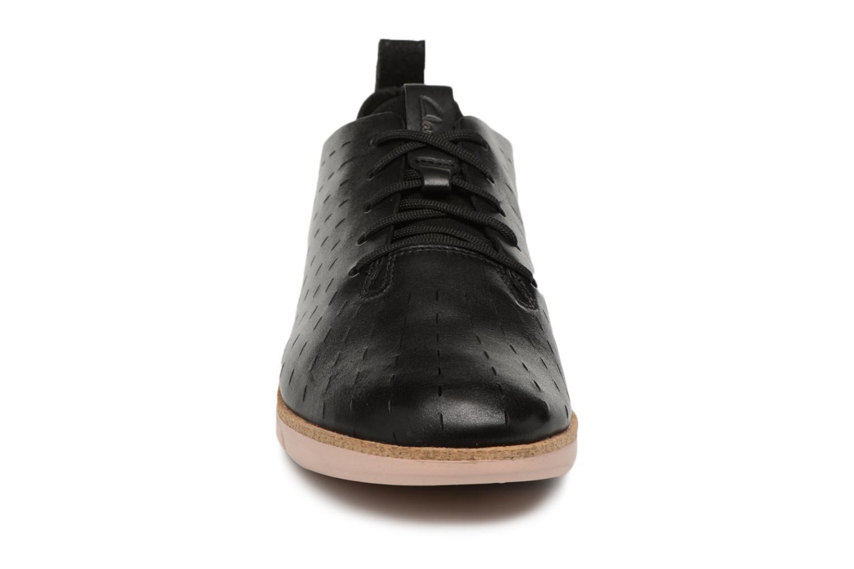 Lace-up shoes Clarks Tri Etch Black model view