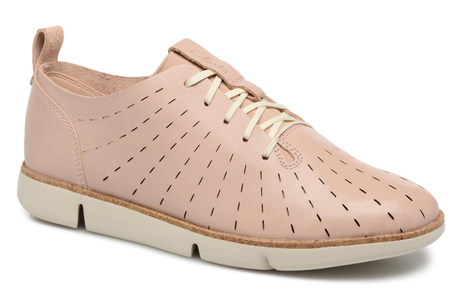 Lace-up shoes Clarks Tri Etch Beige detailed view/ Pair view