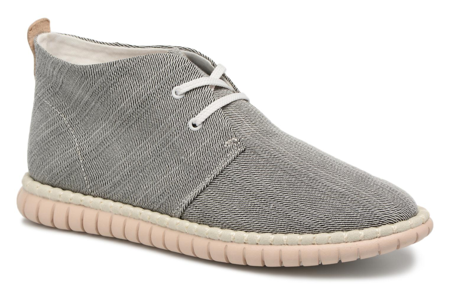Lace-up shoes Clarks MZT Liberty Grey detailed view/ Pair view