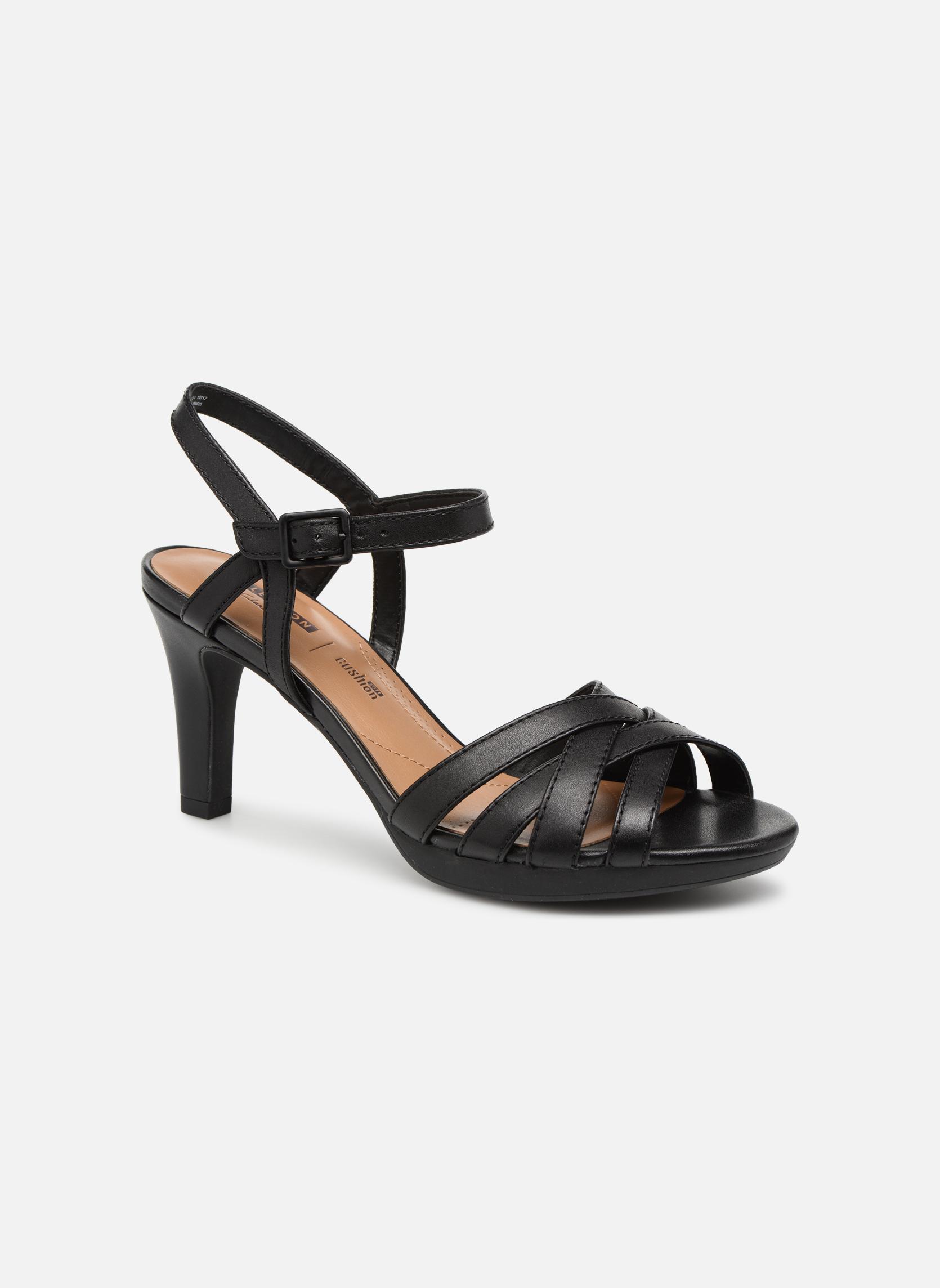Sandales et nu-pieds Clarks Adriel wavy Noir vue détail/paire