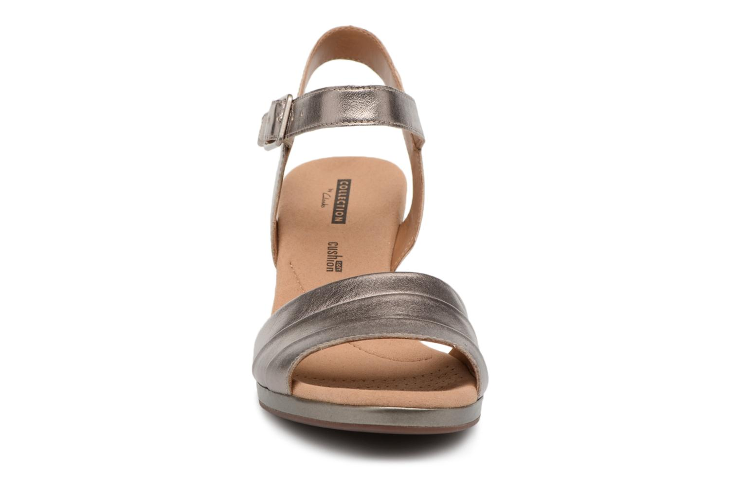 Sandals Clarks Lafley aletha Bronze and Gold model view