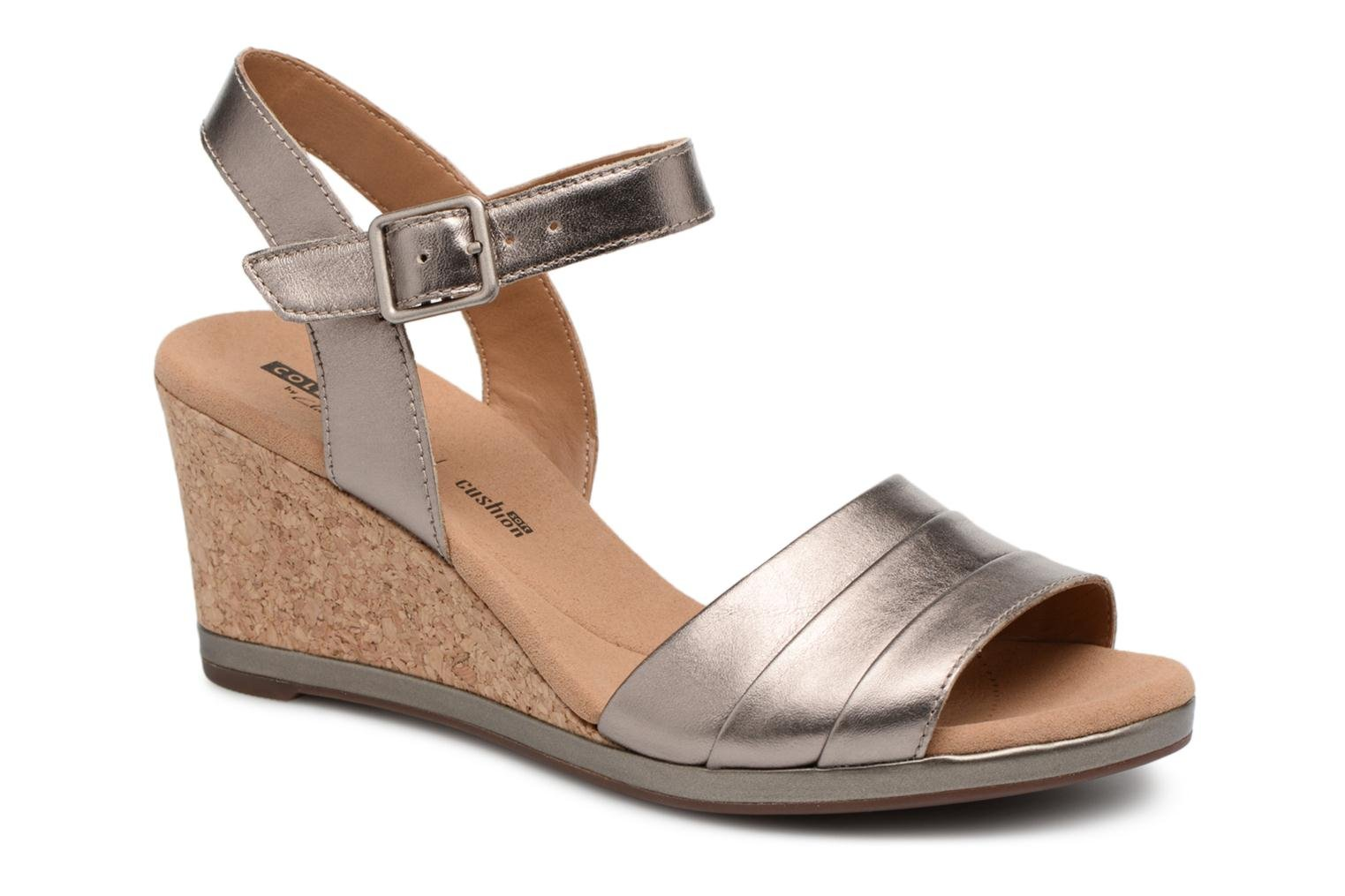 Sandals Clarks Lafley aletha Bronze and Gold detailed view/ Pair view