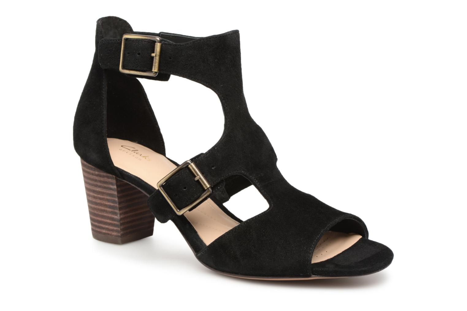 Sandals Clarks Deloria Kay Black detailed view/ Pair view